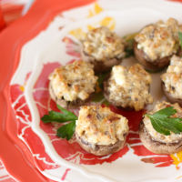 Sausage and Thyme Stuffed Mushrooms